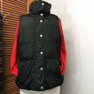 Old Navy Black Puffy Vest with Silver Snaps